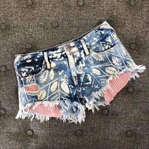 Free People Frayed Bottom Short Shorts